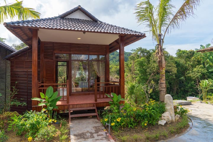 Bungalow Spring View - Phu Quoc Bambusa Resort