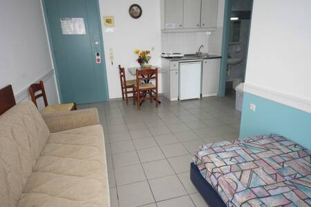 SEAFRONT HOTEL APT - Daire