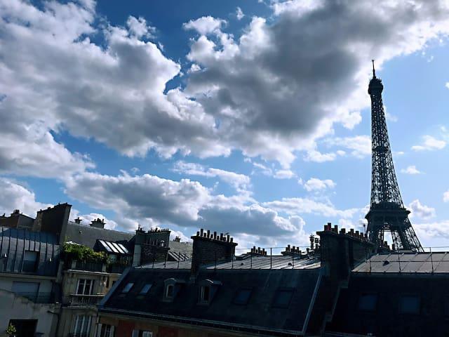 Studio élégant avec vue sur la Tour Eiffel