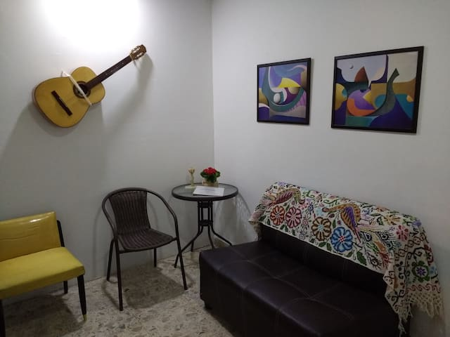 Full apartment in central area