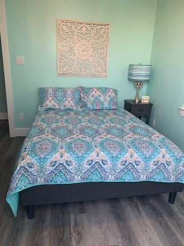 Third bedroom Queen