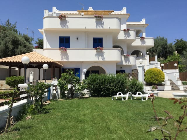 Coral House, Gallina golden beach