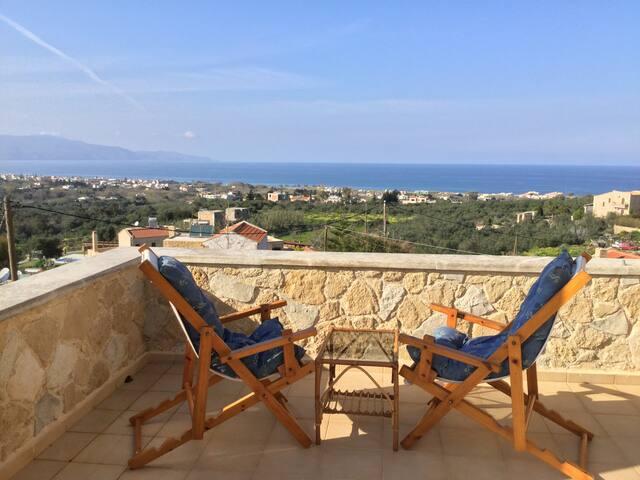 Epavlis Maria hideaway, 5min from Platanias resort