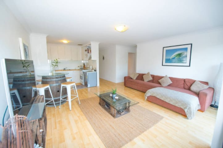 2BR Beach Apartment Quiet & Relaxed!