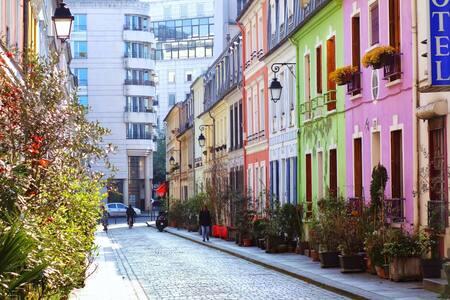 Studio aménagé voyageur,charmante rue piétonne - Pariisi - Huoneisto