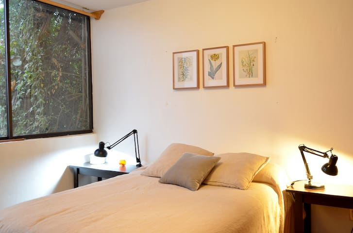Pretty room in UAG and Andares areas - Zapopan - Hus