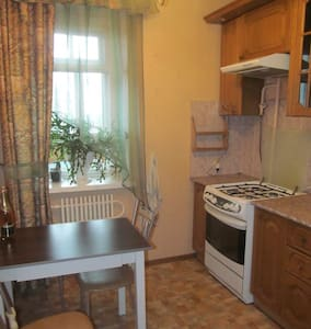 уютная квартирка в самом центре города - Byt