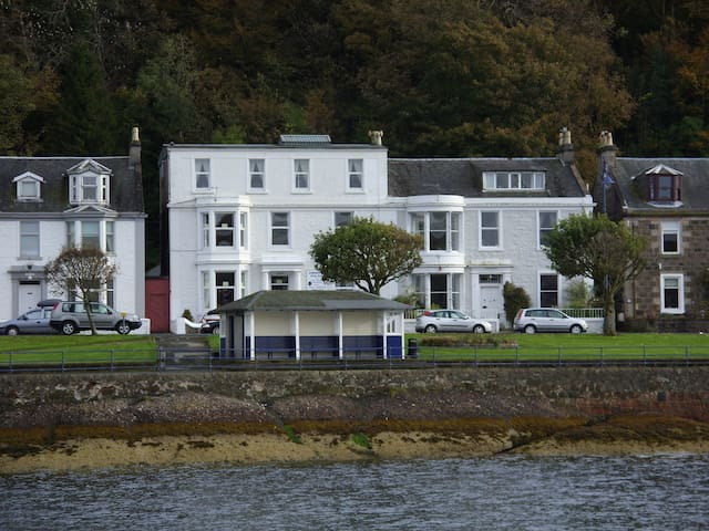 Commodore Guest House - Rothesay - Bed & Breakfast