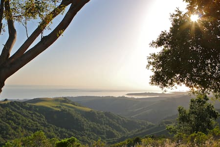Hill Top Estate With Views Of The Central Coast! - Cambria - Hus