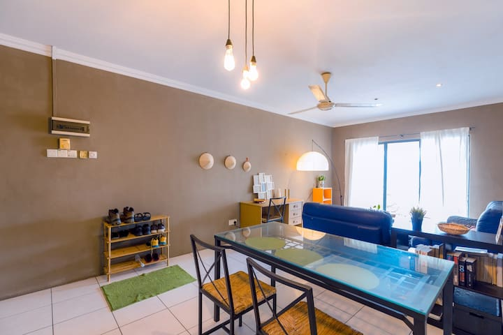 Cosy & modern 3room private apartment in KL Center