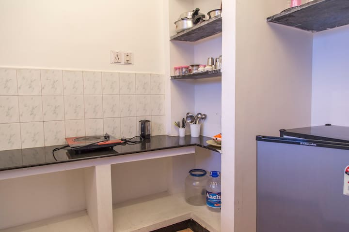 Kitchen not for cooking but just to warm up food.