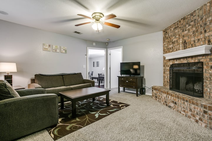 Cozy 3BR in quiet community in central Frisco