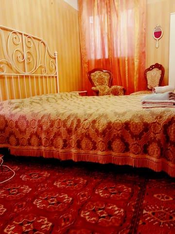 San Marco Room 2