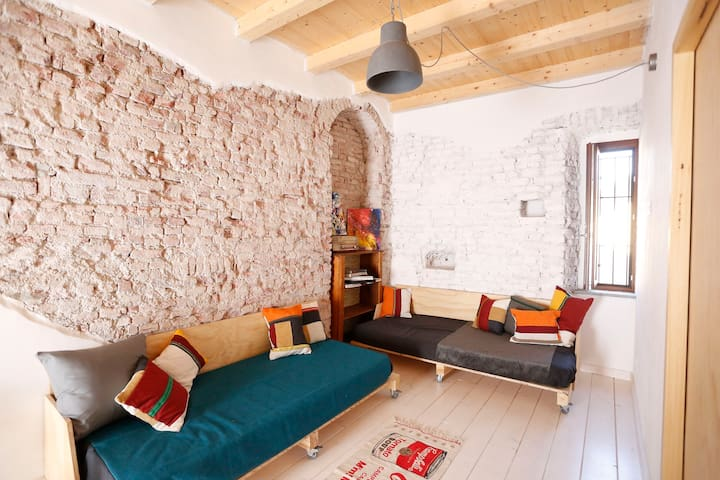 Cozy Apartment Next to Rho Fair Milan with Parking