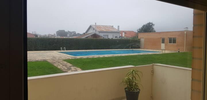 T1 em condomínio fechado  com piscina