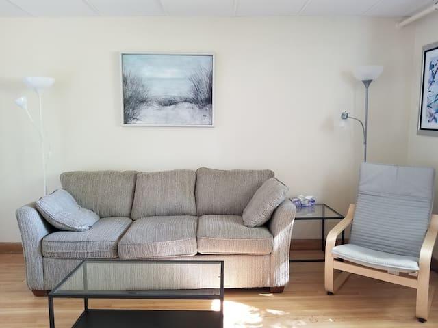 2 bedroom apartment innercity Tuxedo