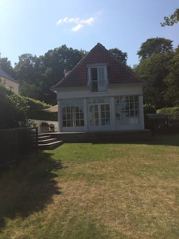 Beach House - Skodsborg - Casa