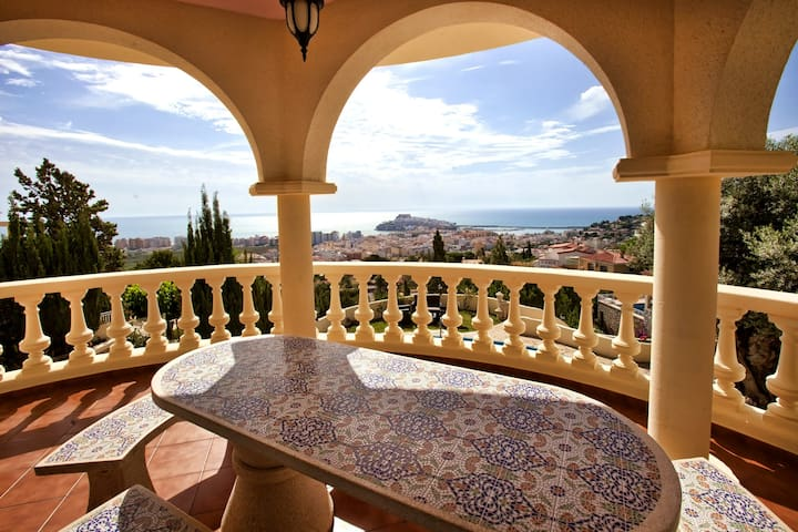 Peñíscola. Villa con vistas al mar. Habitación N°7