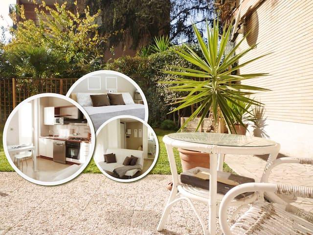 Rome Holiday Garden Home - Roma - Casa