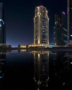 Cosy water front studio in JLT - Dubaj