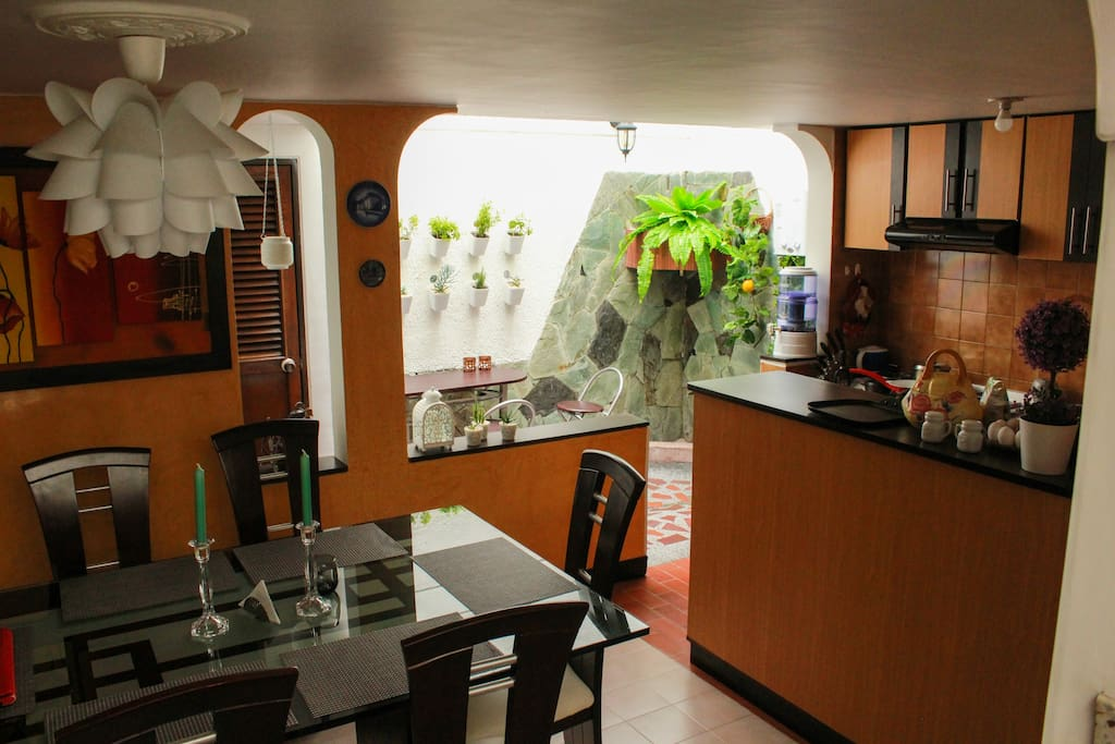 Dining Room with 6 places, Full kitchen with 4 stoves, fridge and freezer, and full space to save groceries.  Free Tea and Premium Coffee.