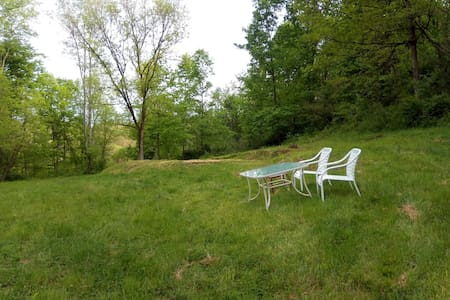 Beautiful Romantic Private Campsite  - RedBud