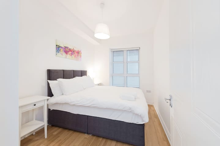 Docklands 1 bed