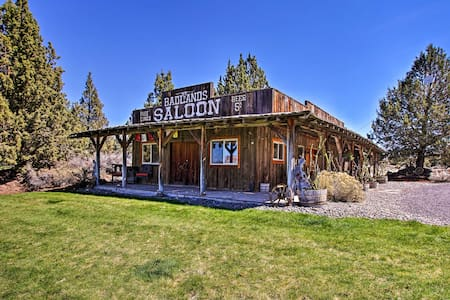Rustic Ranch Cottage w/ Trails - 13 Mi to Bend!