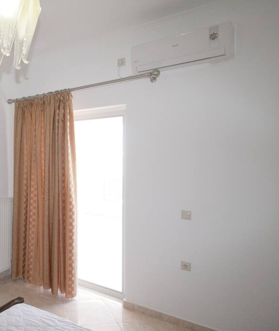 A/C of the Master Bedroom  (A/C is added during 2017)