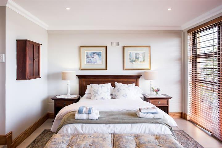 Belle vue Luxury Accommodation - Yzerfontein - Lägenhet