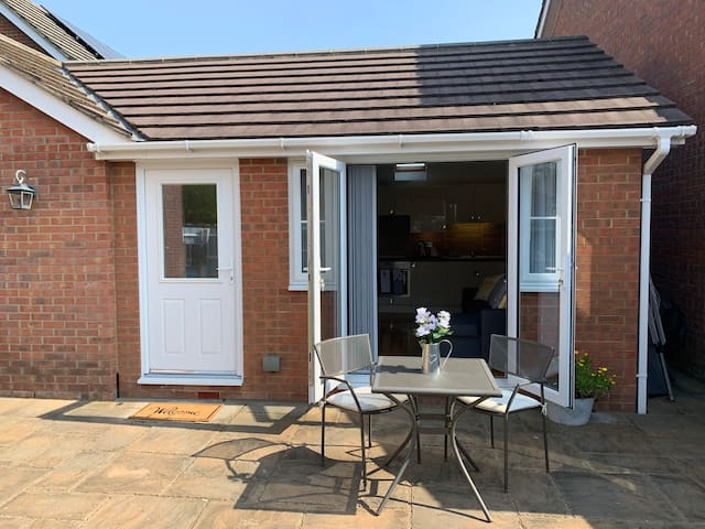 Iris's Annexe, self contained nr Longleat and Bath