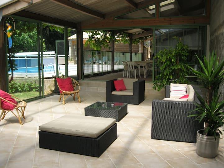 maison de campagne (10 pers)  avec piscine privée