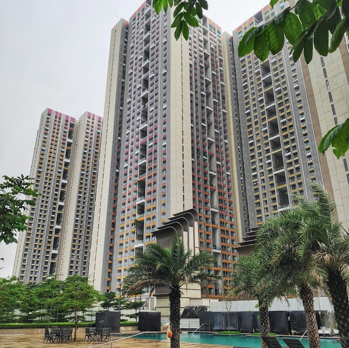 Sanitized 3BHK AC Apartment near BKC
