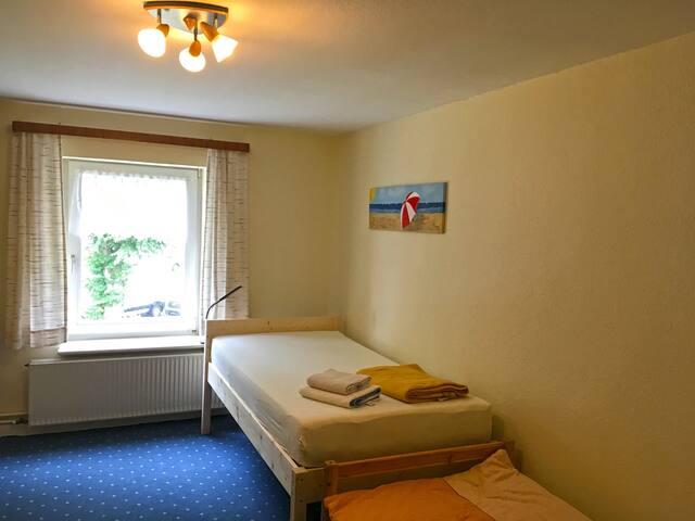Zimmer 2 von 3_2