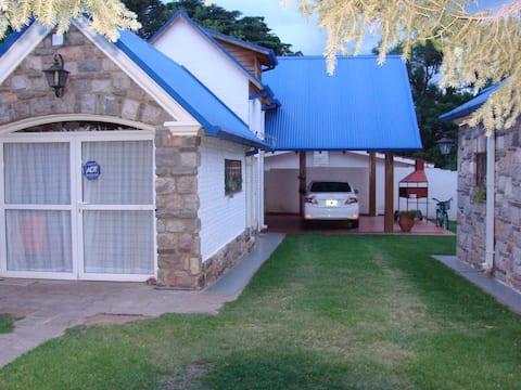 La casa de techo azul