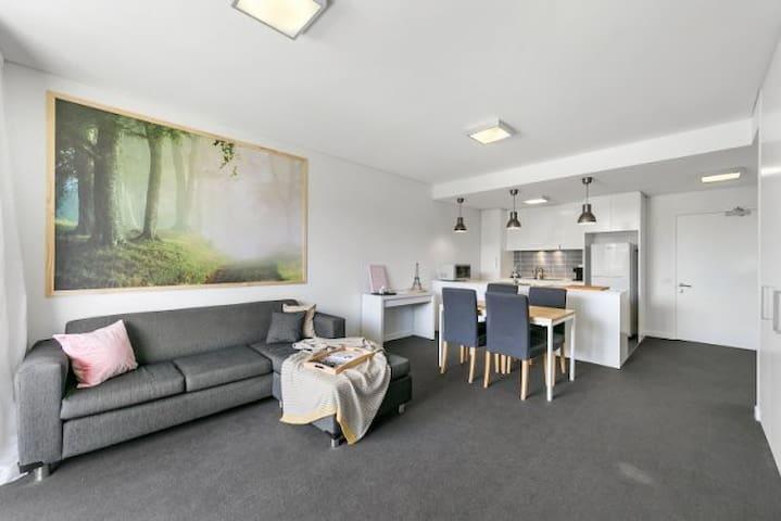 Apartment 30 - Executive living Woden
