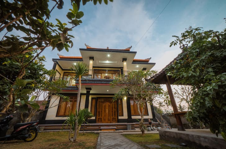 NEW! 'PUJA SARI GUEST HOUSE' in the midlle of Bali