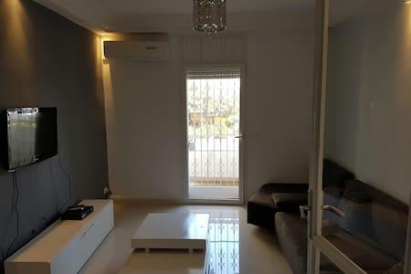Menzah 6 appartement meublé - Ariana