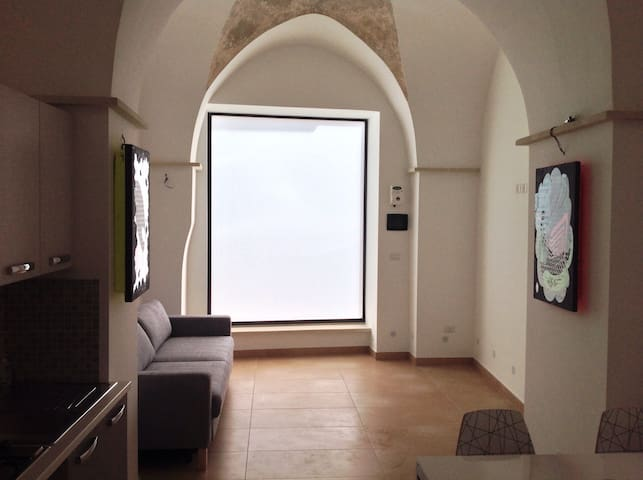 Santa Caterina - Aradeo - บ้าน