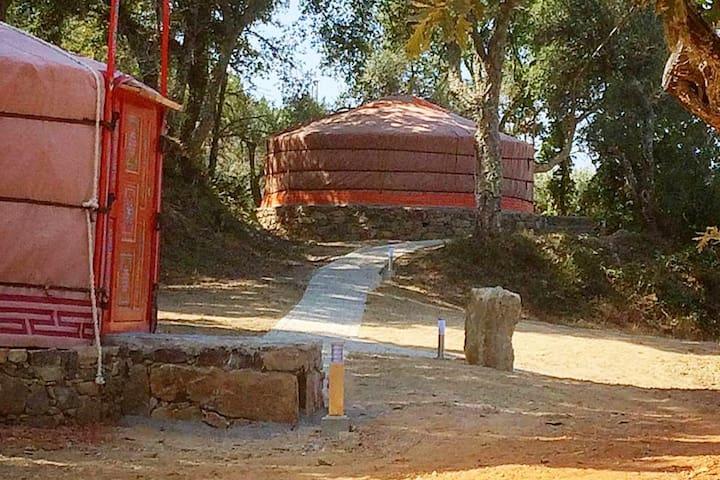 Quinta do Ragal Yurt laranja 4 pessoas