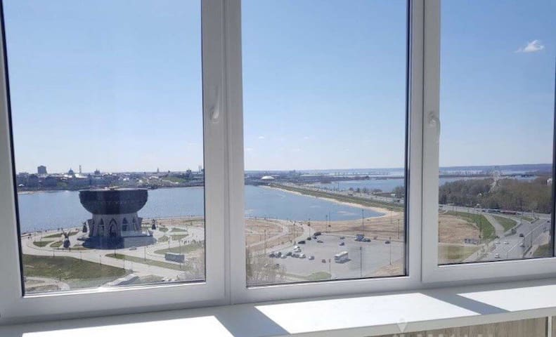 Просторная Светлая Квартира с видом на Кремль