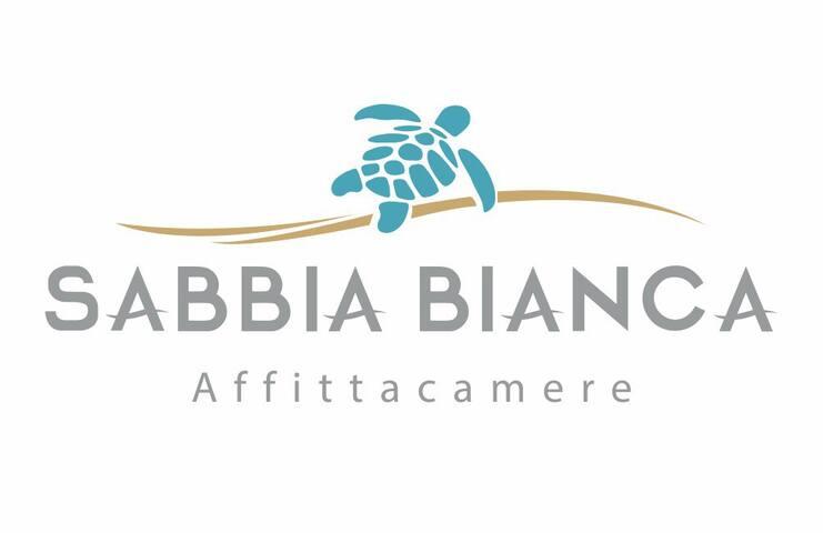 SABBIA-BIANCA Affittacamere Camera N°03