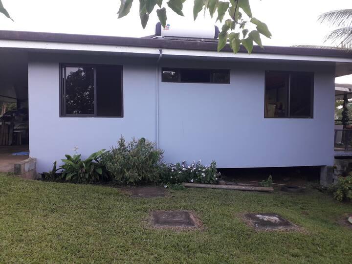 Maison contemporaine dans un cadre verdoyant