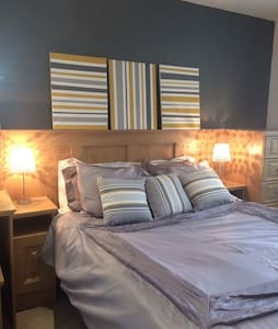 Bright contemporary homely welcome - Enniskillen  - Hus
