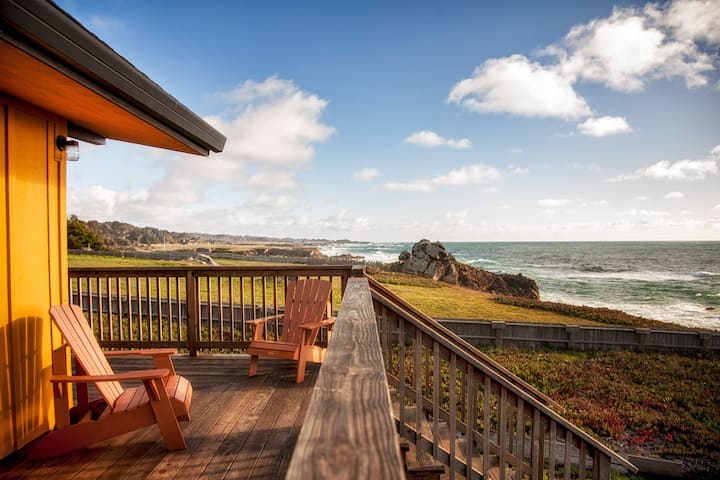 Oceanfront Getaway on Mendocino Coast