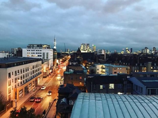 Double Room with Private Ensuite- Haggerston