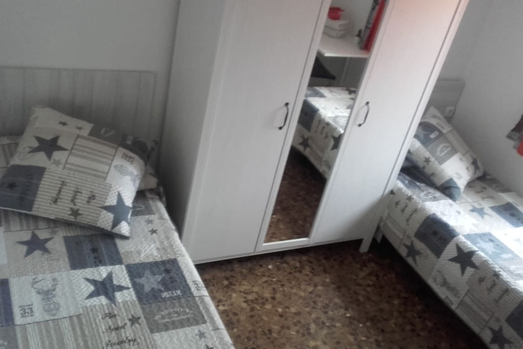 armario 3 puertas con espejo