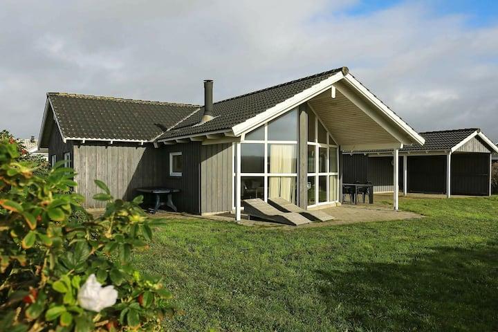 Spaziosa casa vacanze a Harboøre con terrazza