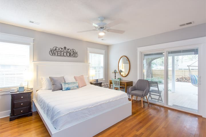 Private King Bed Suite with Rocking Chair Porch