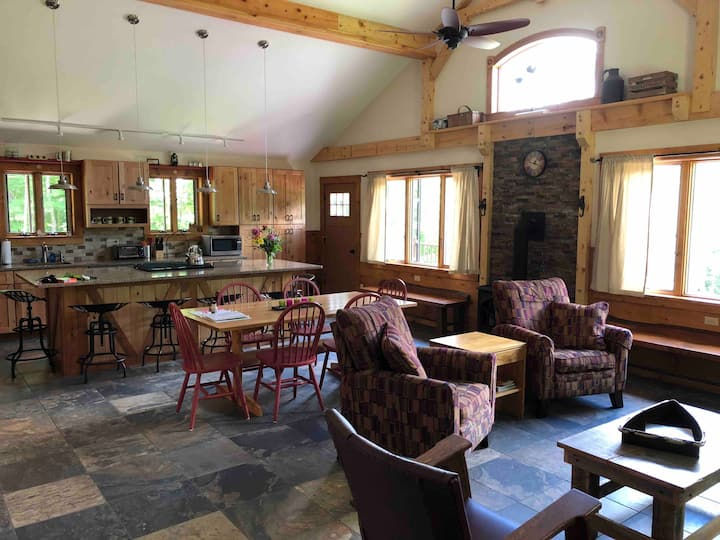 The Maple Lodge at Lake Elmore